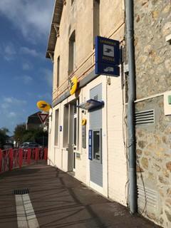 Foto del 21 de octubre de 2017 9:29, La Poste, 141 Route de Coutances, 50350 Donville-les-Bains, France