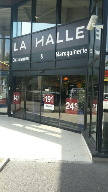 hot sales later another chance LA HALLE AUX CHAUSSURES PERTUIS | Pertuis | Detailed ...
