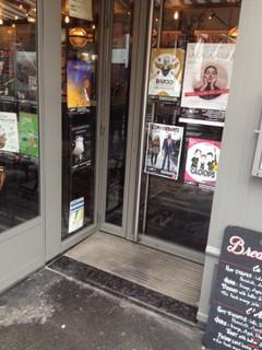 Photo du 10 mars 2018 17:02, Le Chat Zen, 20 Rue du Renard, 75004 Paris, France