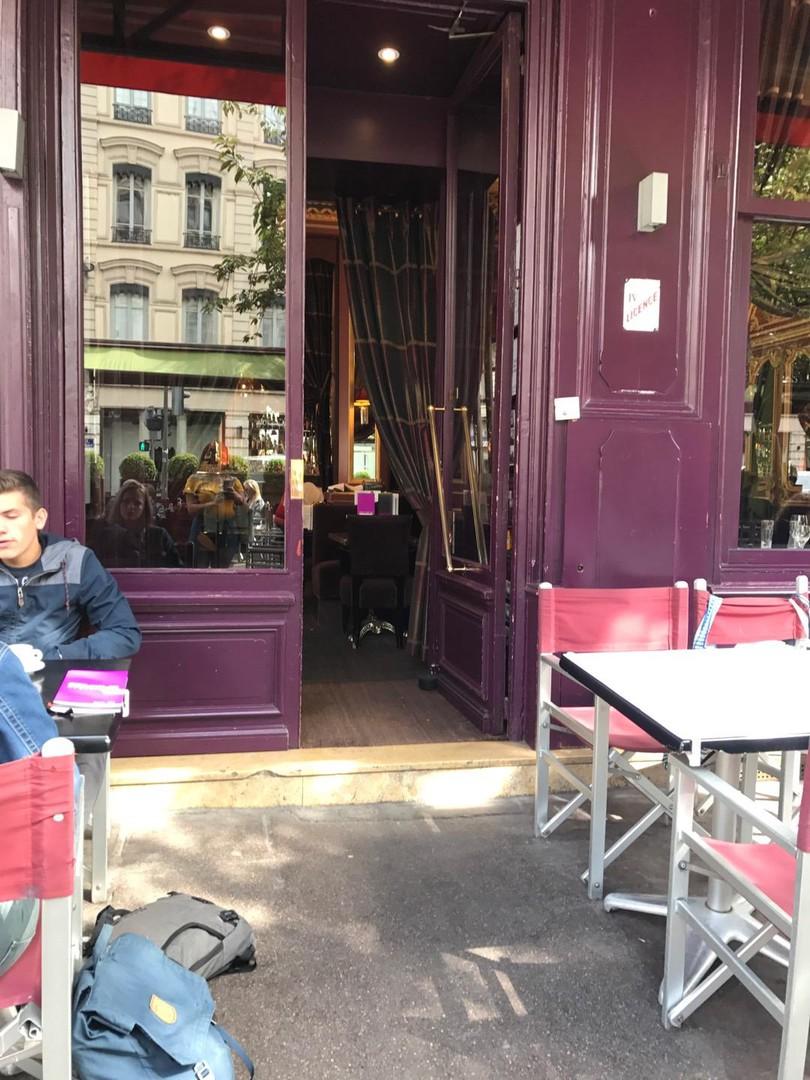 Photo of the September 12, 2017 1:21 PM, Le Grand Café des Négociants, 1 Place Francisque Régaud, 69002 Lyon, France