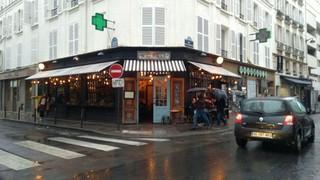 Photo of the November 11, 2017 3:28 PM, Le Malabar, 88 Rue Saint-Dominique, 75007 Paris, Francia