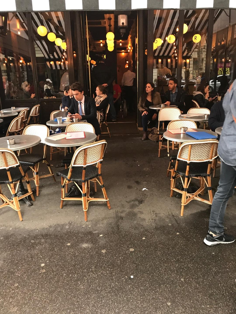 Photo du 6 juin 2017 13:15, Le Manoir Café (Restaurant Paris, Brasserie Traditionnelle, Terrasse Paris), 34 Boulevard Haussmann, 75009 Paris, France