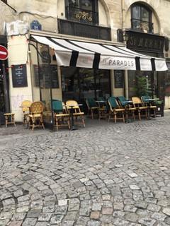 Photo du 7 décembre 2017 11:13, Le Paradis, 76 Rue Saint-Martin, 75004 Paris, France