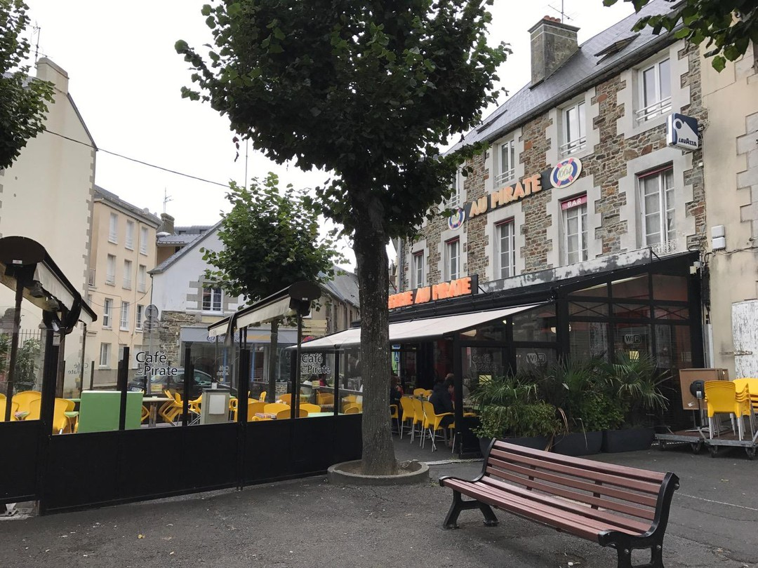 Photo du 7 septembre 2017 21:21, Café le Pirate, 2 Place Général de Gaulle, 50400 Granville, France