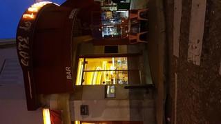 Foto del 16 de noviembre de 2017 6:34, Les 2 Moulins Restaurant Amelie, 15 Rue Lepic, 75018 Paris, France