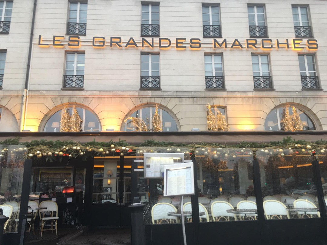 Foto vom 27. November 2017 14:02, Les Grandes Marches, 6 Place de la Bastille, 75012 Paris, France
