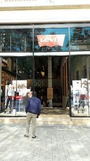 Foto vom 26. August 2017 13:51, Levi's, 74-76 Av. des Champs-Élysées, 75008 Paris, France