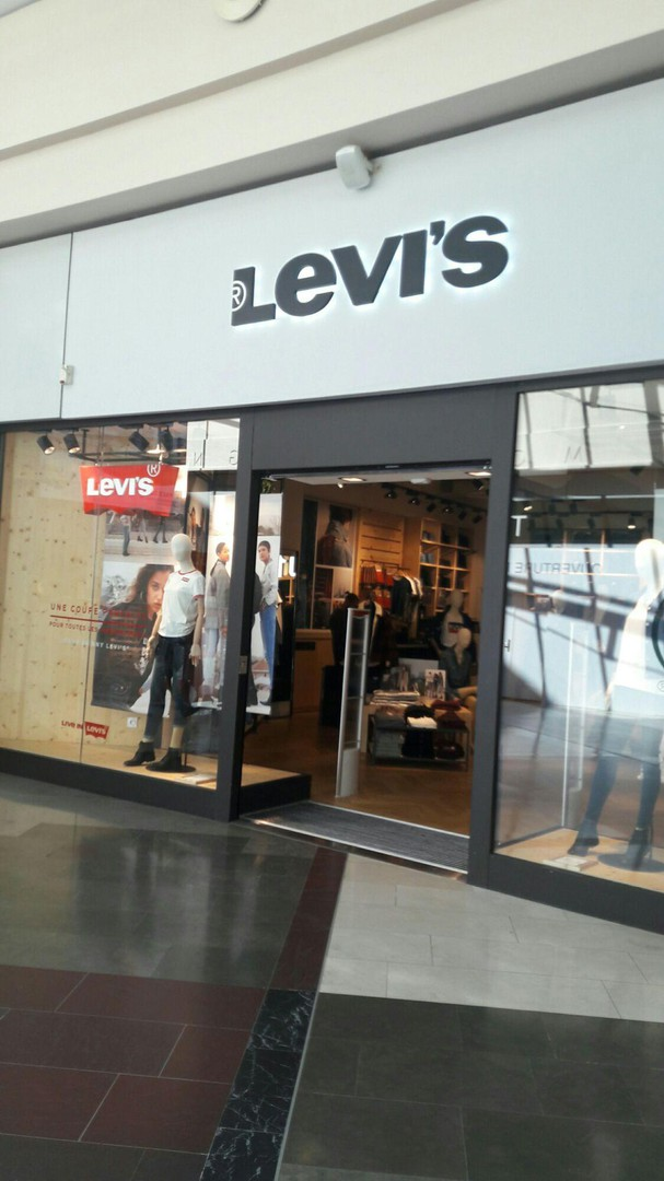 Foto vom 15. September 2017 11:24, Levi's Store Annecy Carnot, 65 rue Carnot CC Courrier, 74000 Annecy, Frankreich