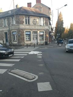 Foto vom 13. November 2017 16:50, Bibliothèque De L'Octroi, 96 Boulevard Robert Schuman, 44000 Nantes, France