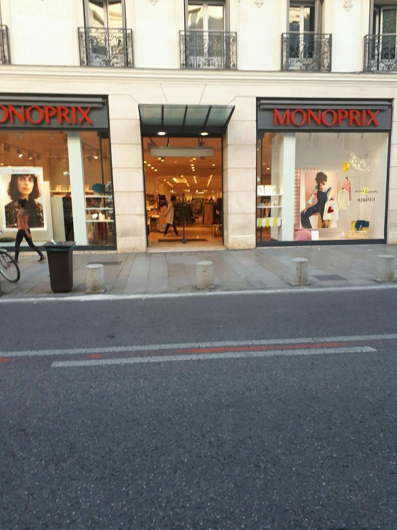Foto del 20 de septiembre de 2017 16:26, Monoprix, 22 Rue de la République, 84000 Avignon, Francia