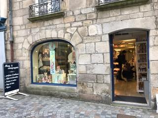 Foto vom 20. Februar 2018 15:53, Mag et Compagnie, 20 Rue René Madec, 29000 Quimper, France