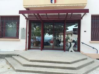 Foto vom 15. September 2017 14:55, Mairie, 1 Grande Place, 38540 Grenay, France