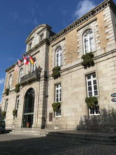 Photo of the October 20, 2017 12:29 PM, Mairie, 28 Rue Changeons, 50300 Avranches, France