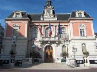 Foto vom 18. Februar 2017 18:35, Chambery Mayor, Place de l'Hôtel de ville, 73011 Chambéry, France