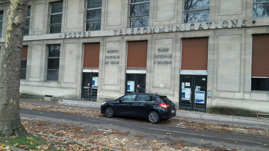 Foto del 19 de noviembre de 2017 7:28, Manpower Versailles, 5 Place Hoche, 78000 Versailles, Francia