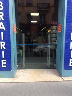 Foto del 7 de septiembre de 2017 8:08, Mille et une pages, 57 Cours Vitton, 69006 Lyon, France