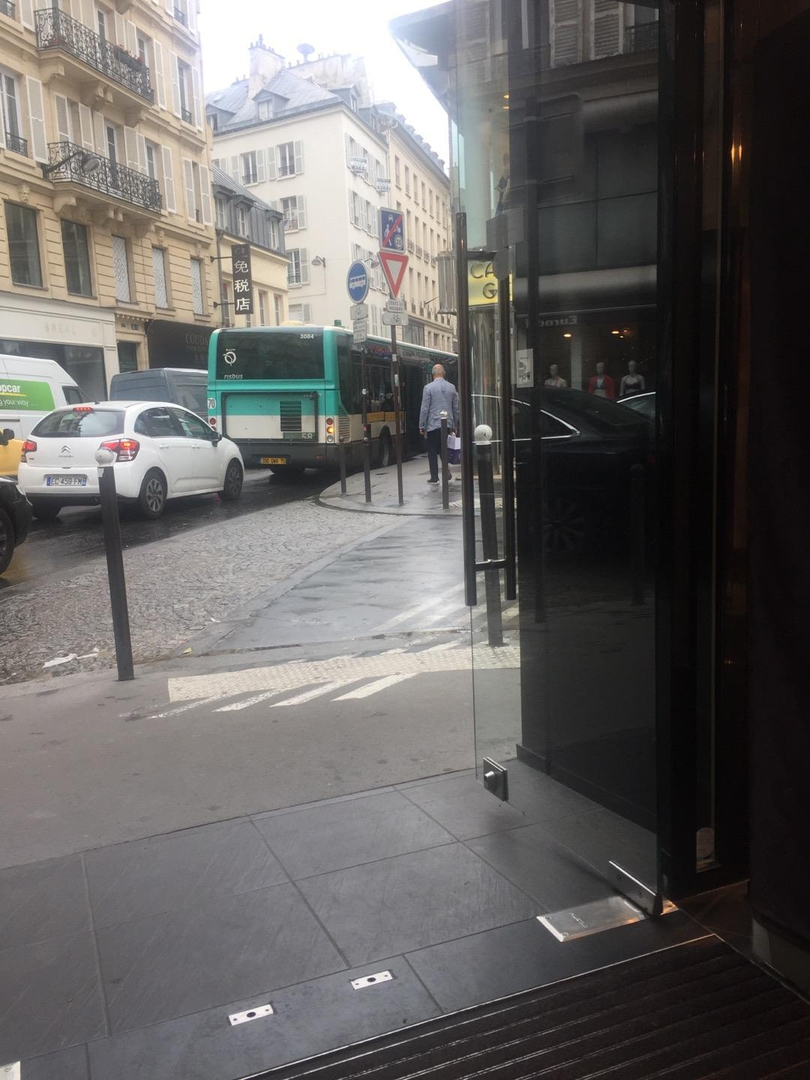 Foto del 6 de junio de 2017 13:16, Morgan, 37 Rue de la Chaussée d'Antin, 75009 Paris, France