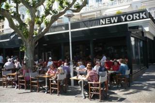 Foto vom 31. Oktober 2017 21:35, New-York New-York, 1 Allée de la Liberté Charles de Gaulle, 06400 Cannes, France