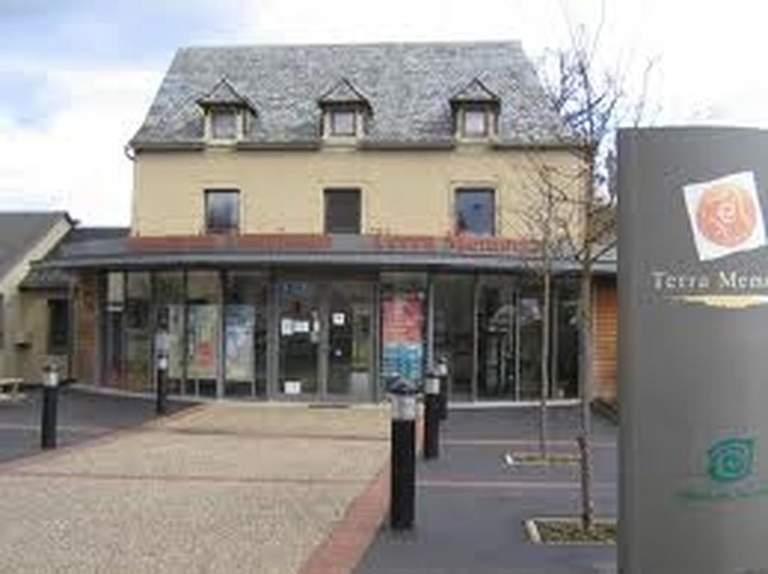 Photo of the February 5, 2016 6:55 PM, The Tourist Office of Bozouls, 2 Place de la Mairie, 12340 Bozouls, France