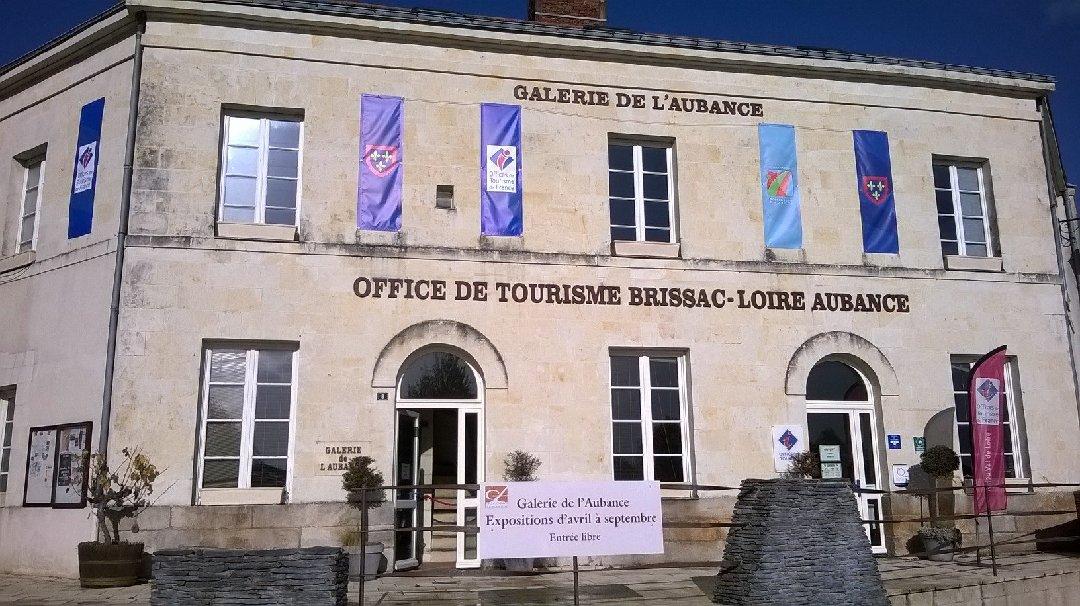 Establishment - Office de Tourisme Brissac -Loire sur Aubance , Brissac-Quincé