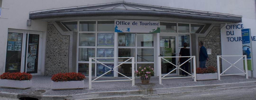 Foto vom 30. Juni 2017 14:29, Office de tourisme de la Pierre St-Martin et la vallée de Barétous, 2 Place de la Mairie, 64570 Arette, Frankreich