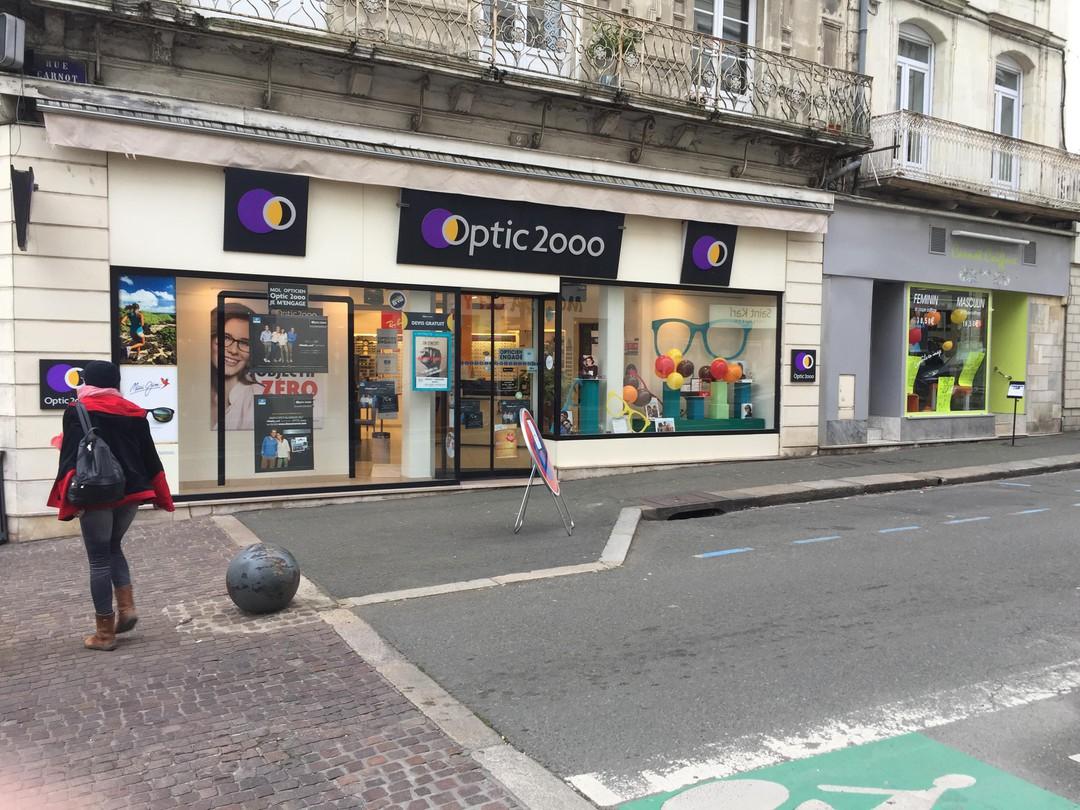 Photo of the November 18, 2017 8:27 AM, Optic 2000, 2 Rue Carnot, 72300 Sablé-sur-Sarthe, France