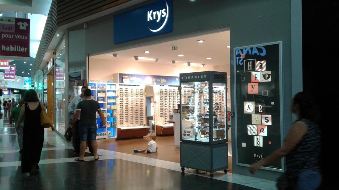 Foto del 30 de mayo de 2017 20:24, Krys, Centre commercial Family Plaza - Zone de Terca, Matoury 97351, Guyane française
