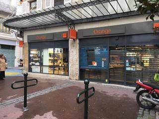 Foto del 15 de noviembre de 2017 8:21, Boutique Orange - Bourg en Bresse, 13 Place Neuve, 01000 Bourg-en-Bresse, France