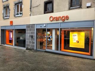 Foto del 18 de enero de 2018 9:44, Boutique Orange - Aurillac, 3 PLACE DE L HOTEL DE VILLE, 15000 Aurillac, France
