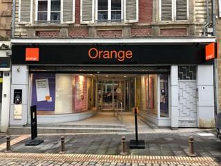 Foto del 17 de enero de 2018 10:23, Boutique Orange - Moulins, 13 Rue de l'Horloge, 03000 Moulins, France