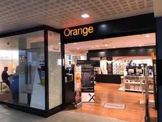 Foto vom 26. Oktober 2017 17:33, Boutique Orange Centre - Laval, MEDIAPOLE, 5 Rue du Général de Gaulle, 53000 Laval, France