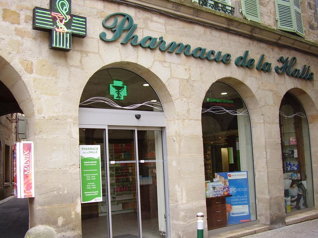 Foto del 5 de febrero de 2016 18:55, Pharmacie de la Halle, 42 Rue Gambetta, 46100 Figeac, Francia