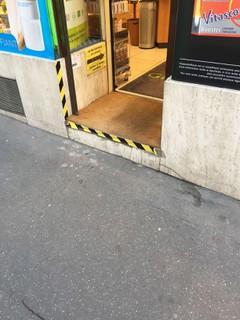 Photo of the March 20, 2018 4:01 PM, Pharmacie Metro Lamarck, 79 Rue Lamarck, 75018 Paris, France
