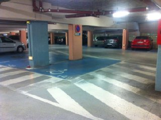 Photo of the November 30, 2016 8:34 AM, Parking Midou avec toilettes publiques, Allée Raymond Farbos, 40000 Mont-de-Marsan, France