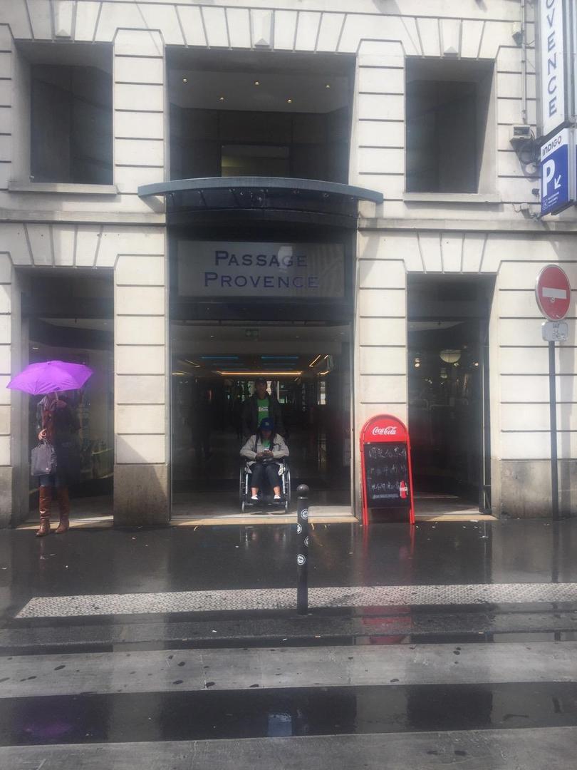 Photo of the June 6, 2017 1:43 PM, Passage Provence, Rue de Provence, Paris, France