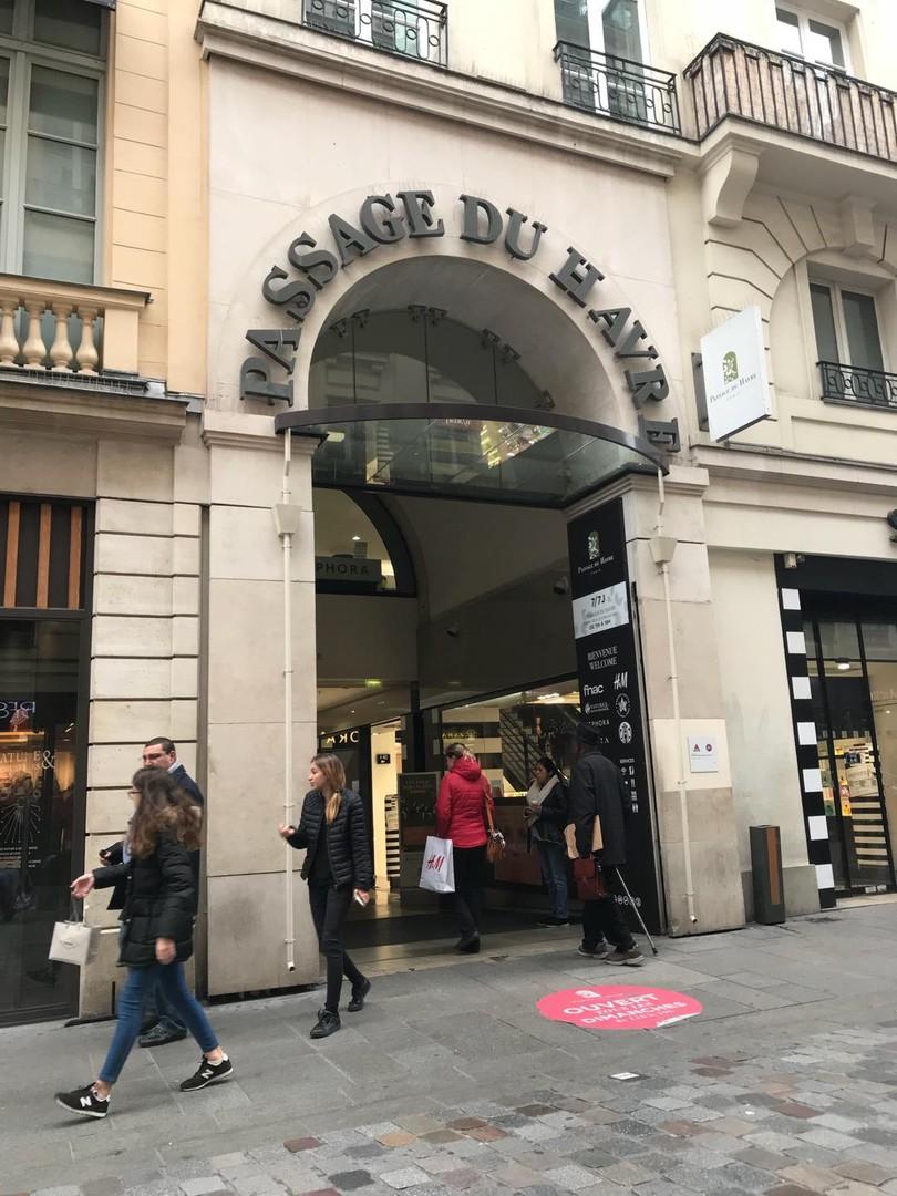 Foto vom 26. Oktober 2017 08:43, Passage du Havre, 109 Rue Saint-Lazare, 75009 Paris, Frankreich