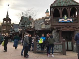 Photo of the March 3, 2017 2:49 PM, Peter Pan's Flight, Disneyland Park, 77700 Chessy, France
