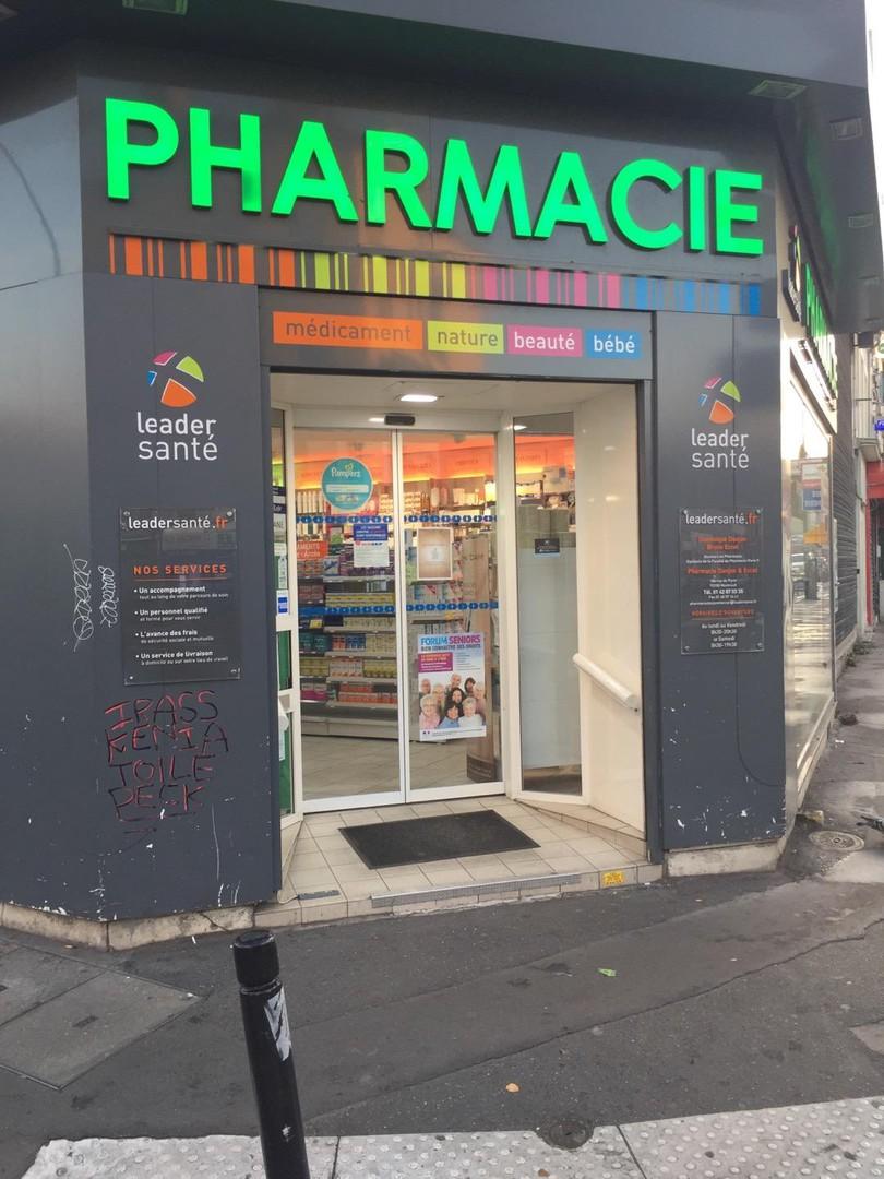 Foto vom 28. Oktober 2017 07:00, Pharmacie Danjon et Eccel, 186 Rue de Paris, 93100 Montreuil, Frankreich