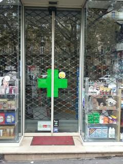 Photo du 4 novembre 2017 08:44, Pharmacie Odéon, 97 Boulevard Saint-Germain, 75006 Paris, Frankreich