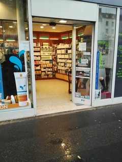 Foto del 20 de marzo de 2018 14:30, Pharmacie Valet, 71 Boulevard de Picpus, 75012 Paris, France
