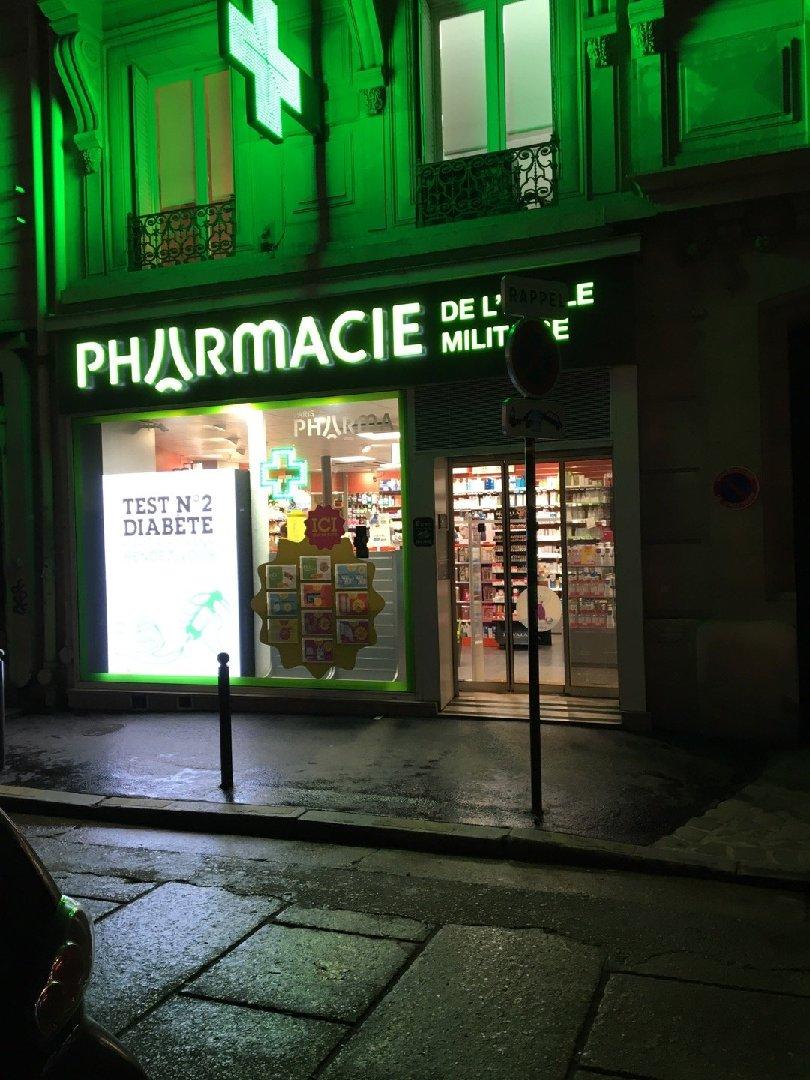 Foto vom 5. Dezember 2016 16:28, Pharmacie de L'école Militaire, 26 Avenue de Tourville, 75007 Paris, Frankreich