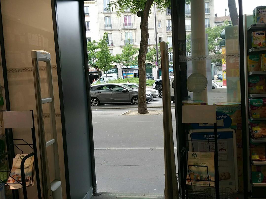 Foto vom 8. Februar 2018 15:44, Pharmacie du 20e, 144 Boulevard de Ménilmontant, 75020 Paris, Frankreich