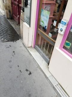 Photo of the June 14, 2018 11:26 AM, Pharmacie du Louvre, 38 Rue du Louvre, 75001 Paris, France
