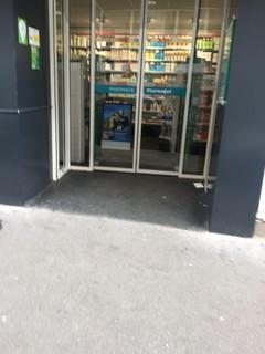 Photo of the March 20, 2018 3:01 PM, Pharmacy Post, 28 Rue du Télégraphe, 75020 Paris, France