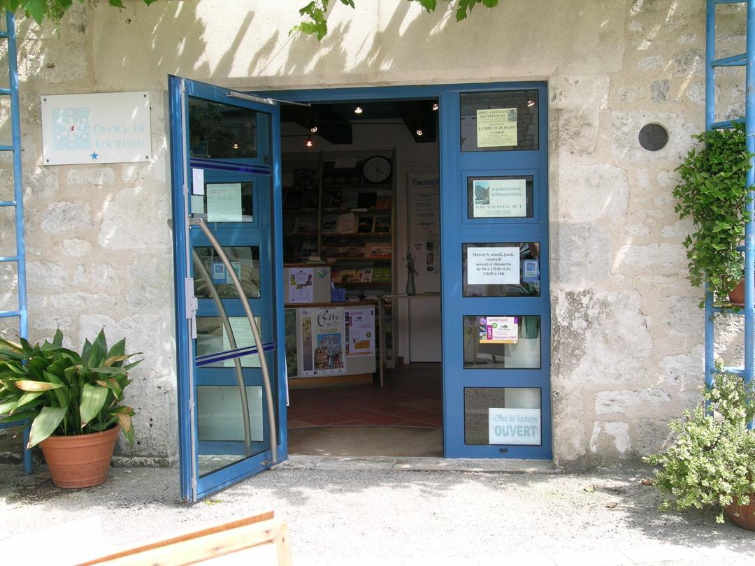 Foto del 5 de febrero de 2016 18:57, Tourist Office, Boulevard des Fossés, 82270 Montpezat-de-Quercy, Francia