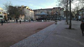Foto del 25 de febrero de 2017 16:52, Place Ambroise Courtois, 69008 Lyon, France