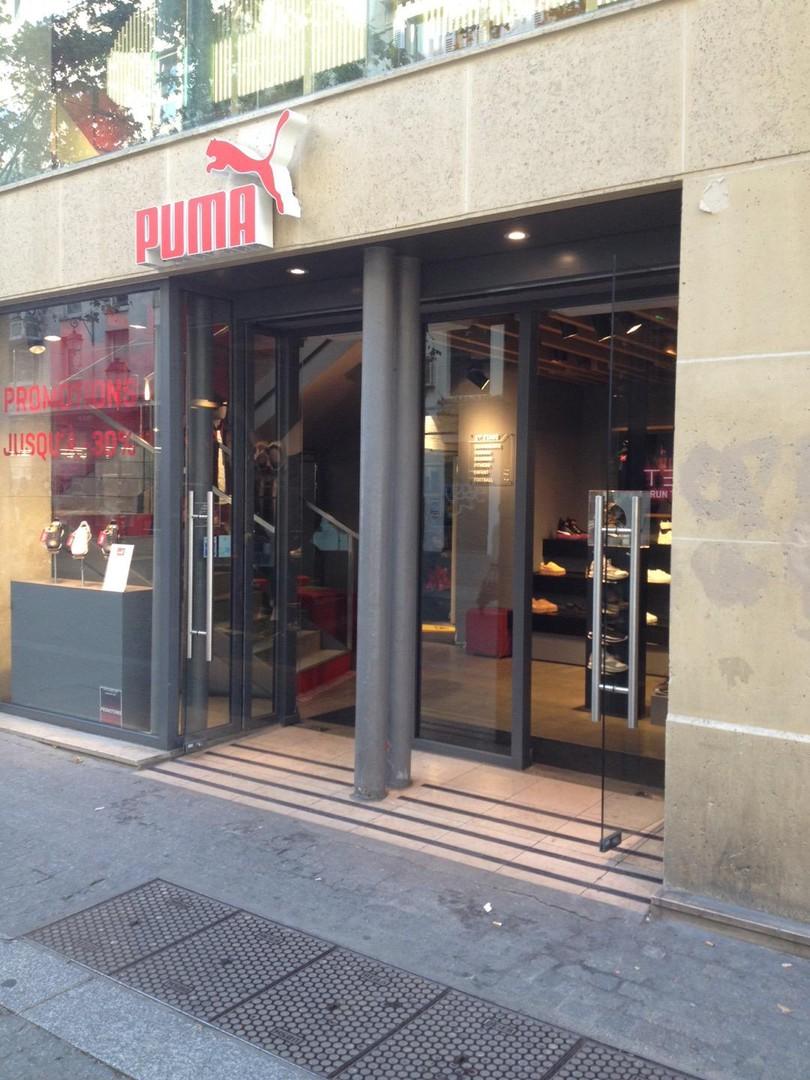 Foto del 31 de octubre de 2017 12:54, PUMA Store, 22 Boulevard de Sébastopol, 75004 Paris, Francia