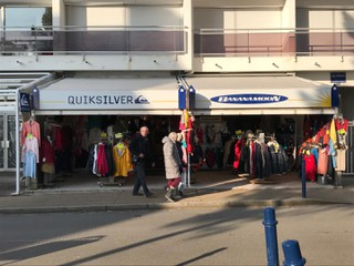 Photo of the February 21, 2018 4:03 PM, Quiksilver, 10 Avenue de la Plage, 29950 Bénodet, France