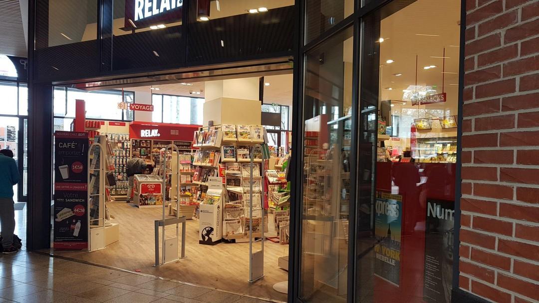 Foto vom 22. Oktober 2017 13:15, RELAY, Gare SNCF Lille Flandres, Place des Buisses, 59000 Lille, Frankreich