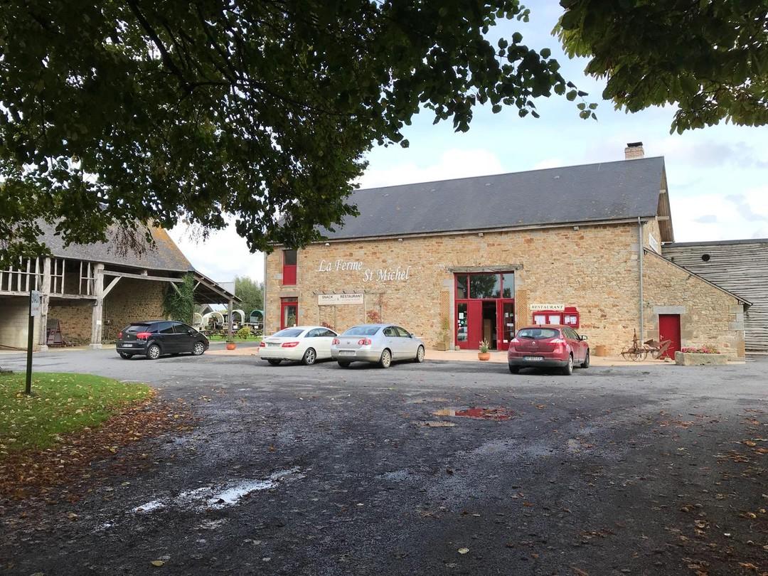 Photo of the September 28, 2017 1:57 PM, Restaurant La Ferme Saint Michel, Lieu-dit, Le Bas Pays, 50170 Le Mont-Saint-Michel, France